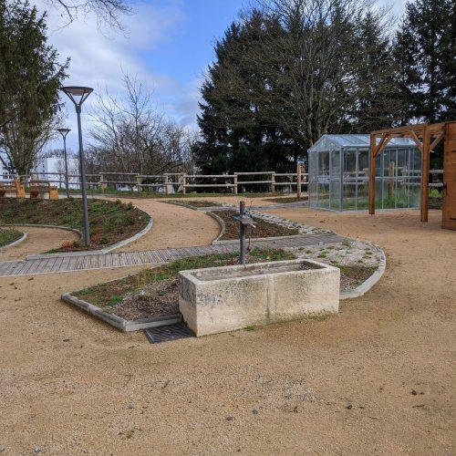 vue générale Est jardin mars20